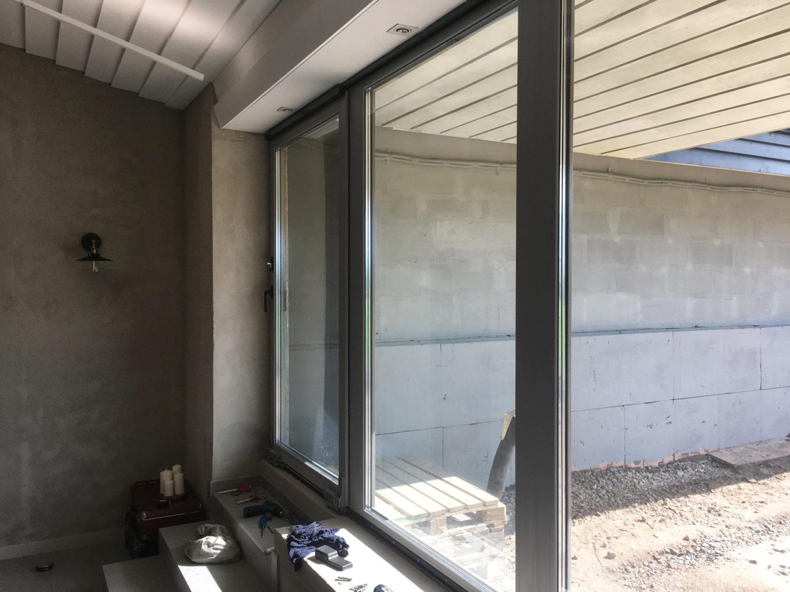 Ремонт параллельно-сдвижных дверей